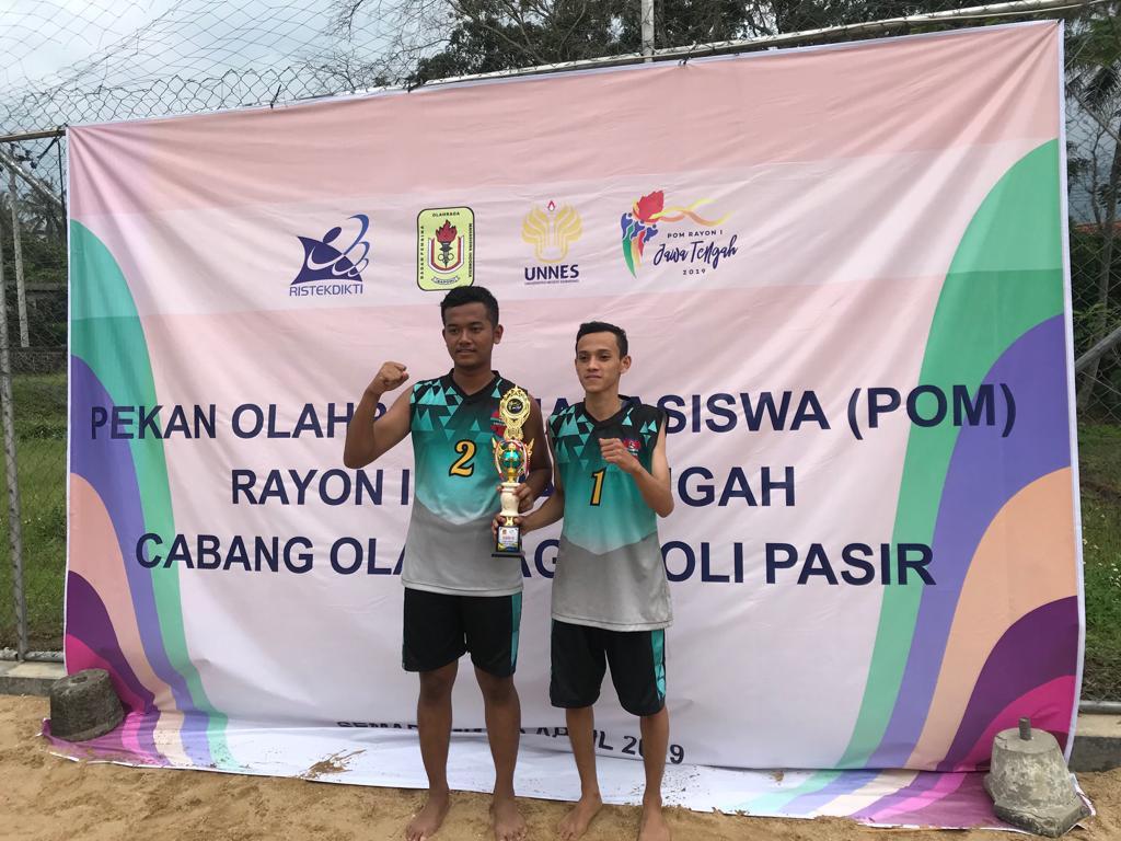Juara III Pekan Olahraga Mahasiswa untuk Volly Pasir Putra tahun 2019 di UNNES